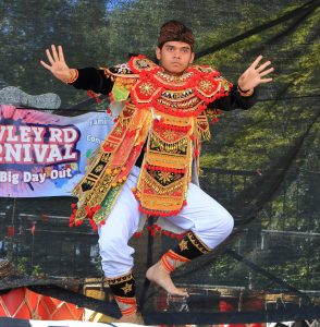 Indonesian dancer Stu Allsopp